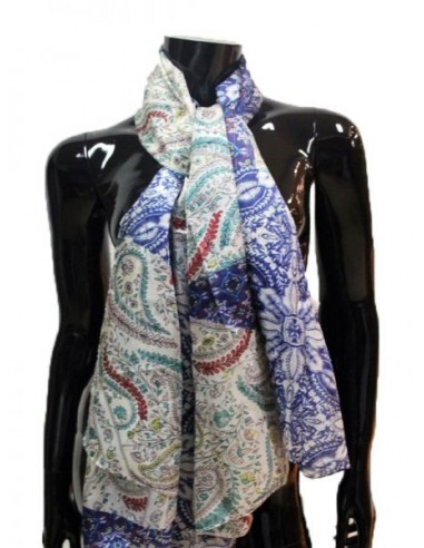 Pañuelo de seda con estampado paisley...